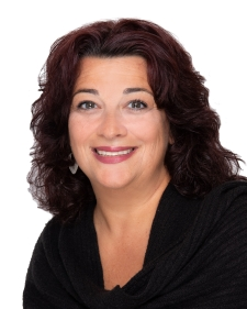 meet our agents susan holmes